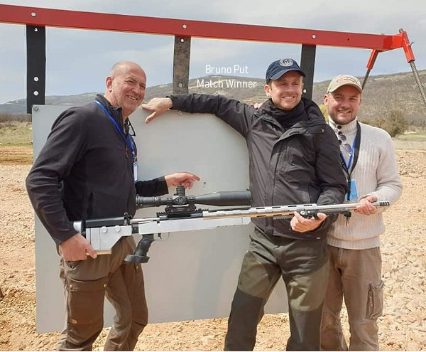 King of 2 Miles France Paul Phillips Team BCM Target shooter magazine